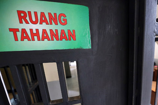 WN Nigeria Penganiaya Pacar di Bali Dibekuk di Goa Gong, Ini yang Diamankan dari Pelaku - JPNN.com Bali