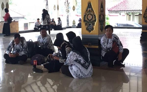 5 Berita Terpopuler Revisi Uu Asn Tentang Pppk Hingga Rencana Jokowi Terkait Nasib Guru Jpnn Com
