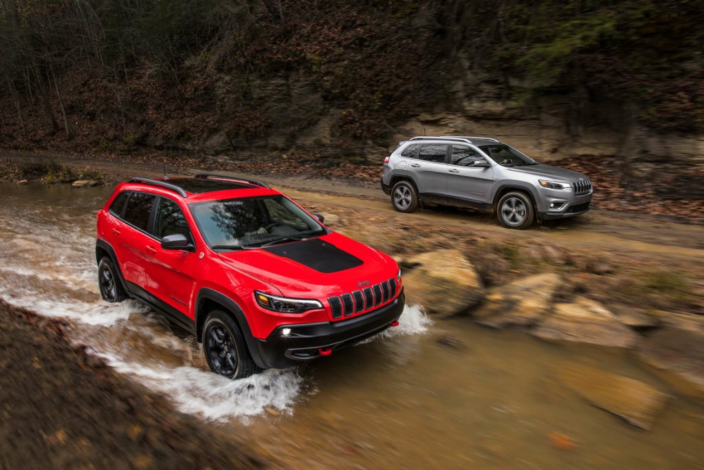 Diam Diam All New Jeep Cherokee Mengaspal Di Indonesia Intip