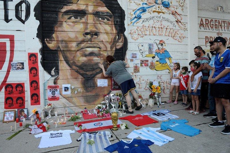 Argentina Berkabung Selama 3 Hari Berturut-Turut - RIP Diego Maradona