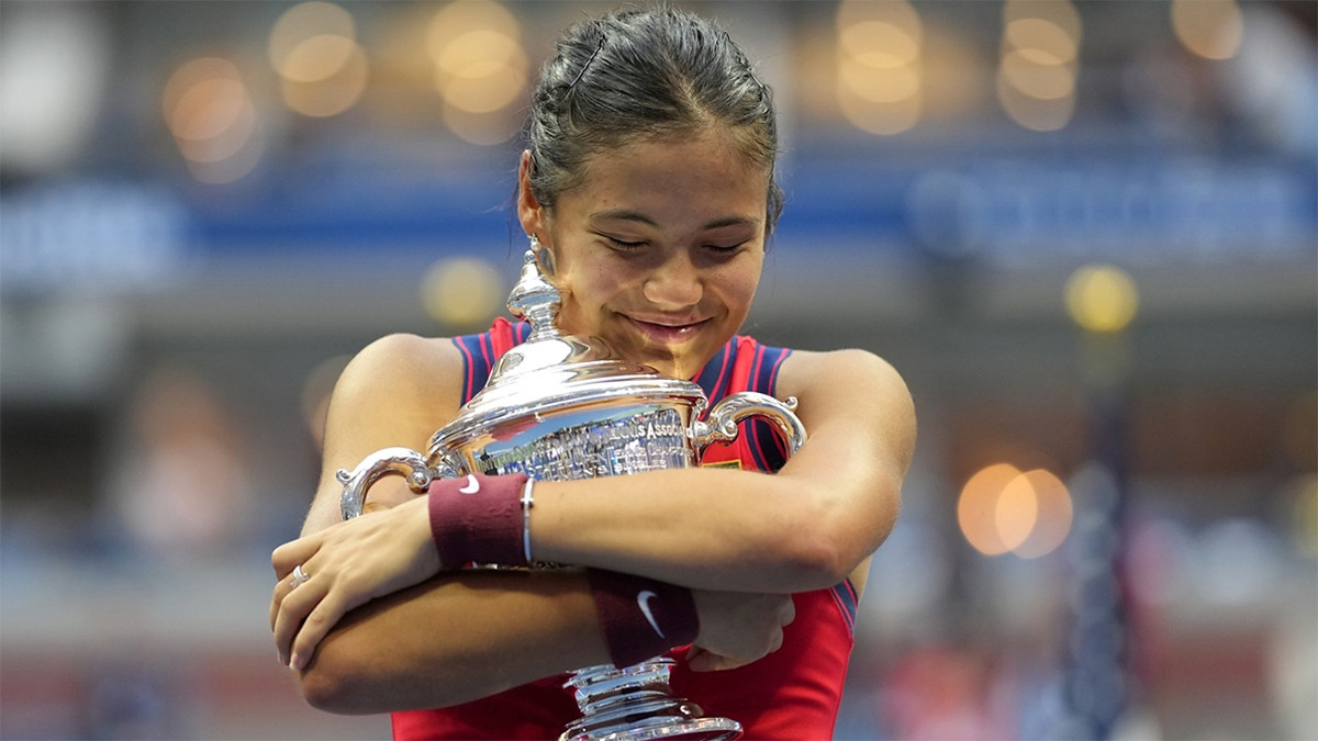 Emma Raducanu: Menonton Ulang Final US Open Membuatku Tegang - JPNN.com