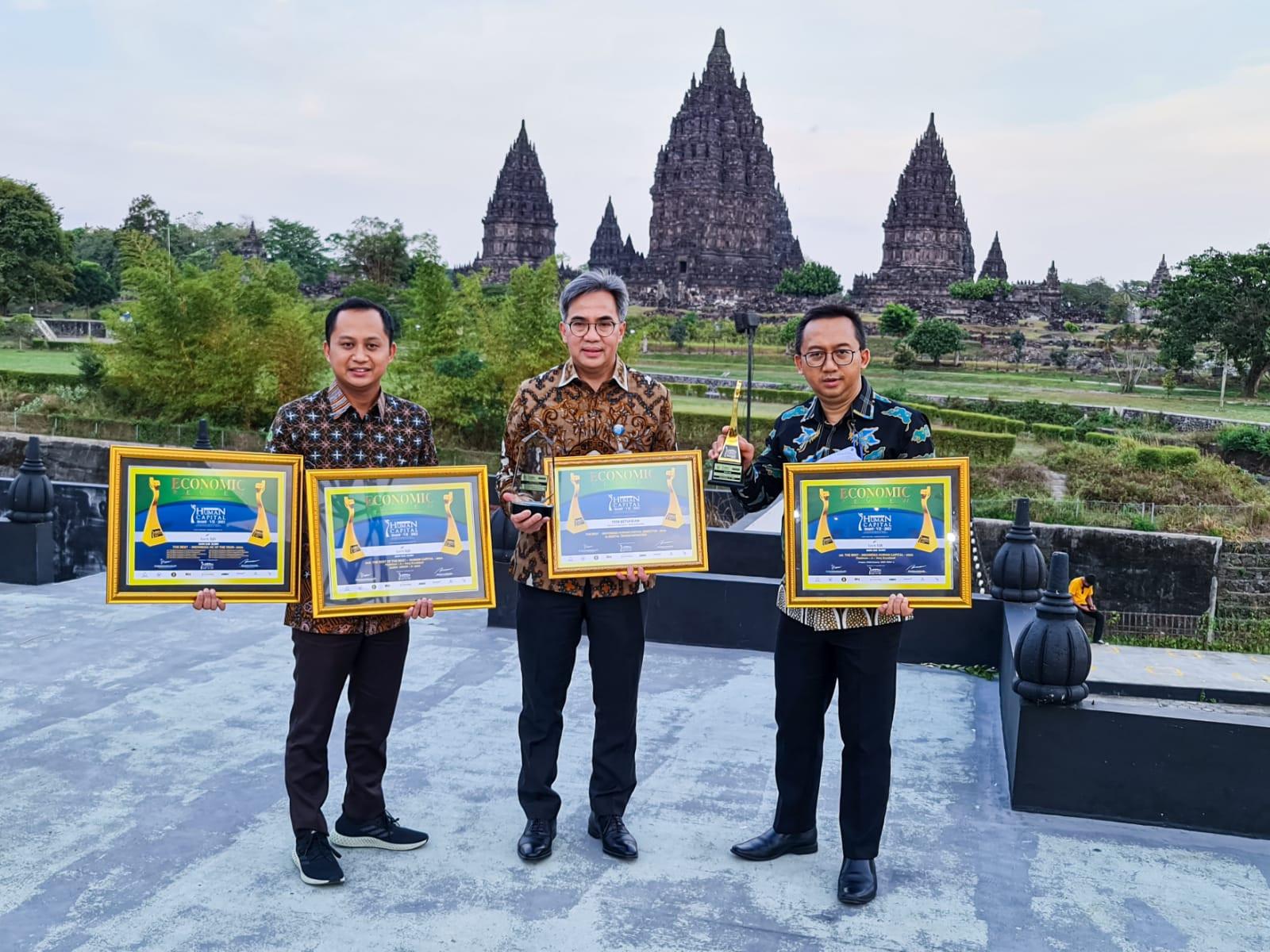 Bank BJB Sukses Raih 4 Penghargaan di Ajang Human Capital Award VII-2021 - JPNN.com