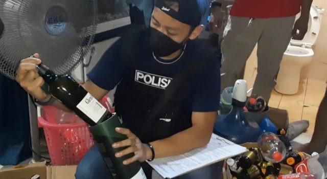 Polisi Gerebek Rumah di Bogor, Hasilnya Luar Biasa - JPNN.com