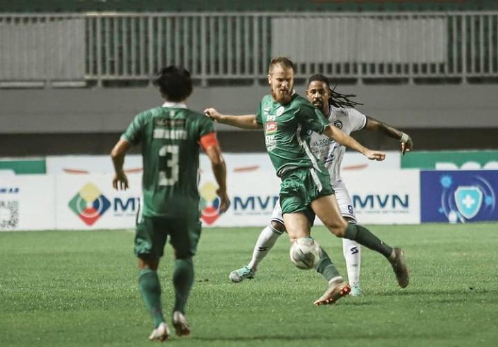 Skor Akhir PSS vs Arema 2-1, Singo Edan Keok di Tangan Super Elja - JPNN.com