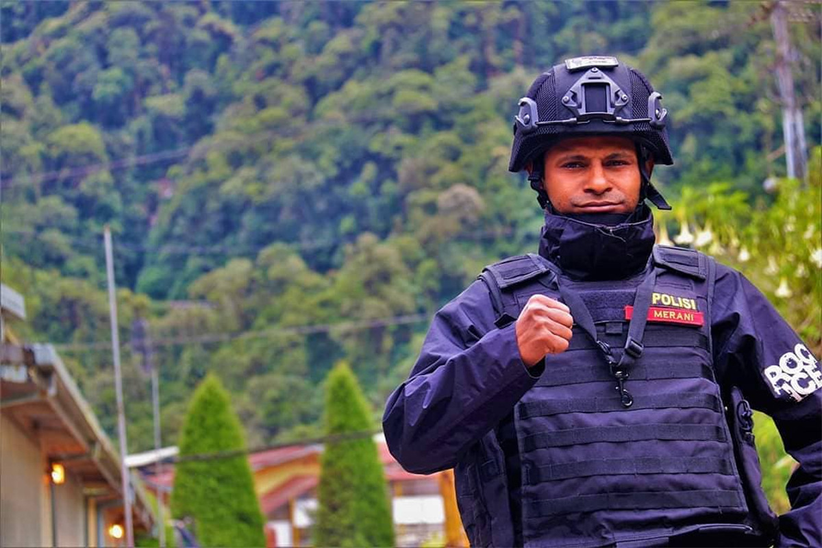 Brigpol Viki, Polisi Keren Asli Papua Penjaga Kedaulatan NKRI - JPNN.com