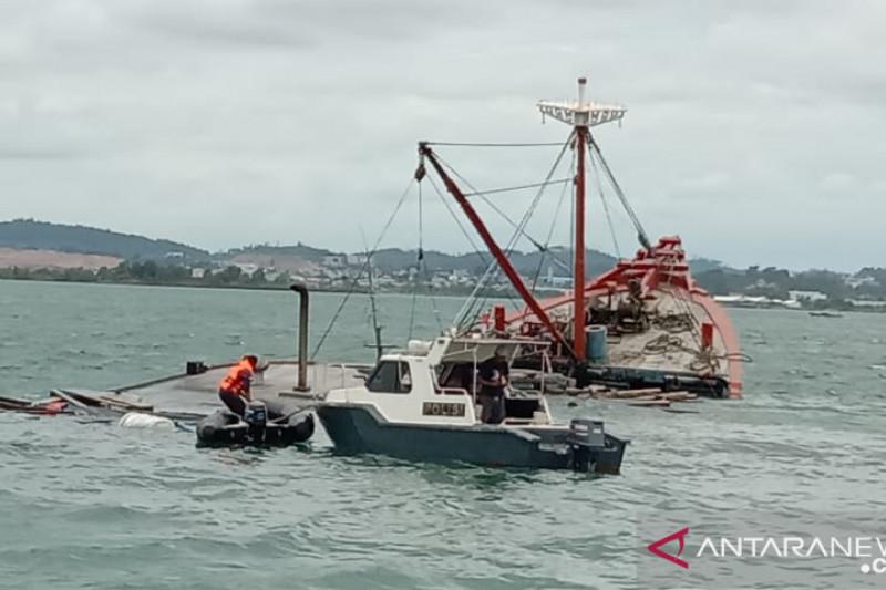 Kecelakaan Kapal di Perairan Batuampar, 2 ABK Hilang, Tim SAR Bergerak - JPNN.com