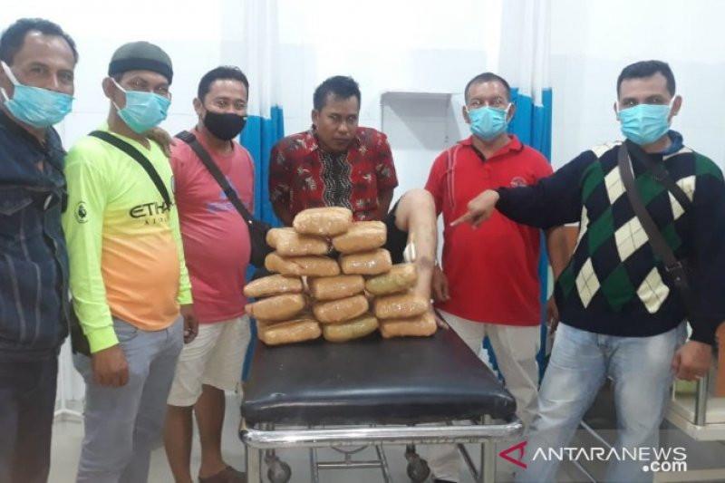 Bripda Calvinus Dihajar Pengedar Narkoba, Nyaris Dibacok, Begini Kondisinya - JPNN.com