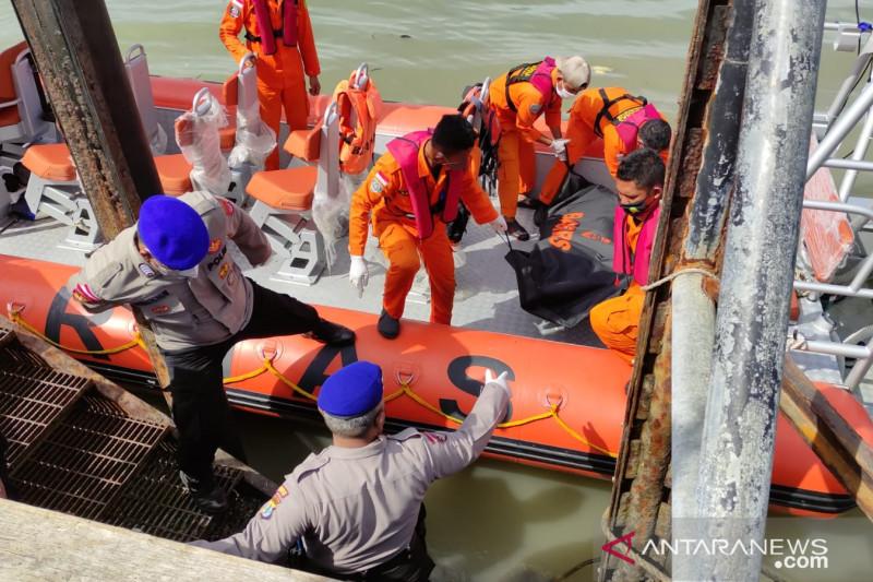 1 Korban Insiden KM Safina 2 Ditemukan dalam Keadaan Meninggal Dunia - JPNN.com