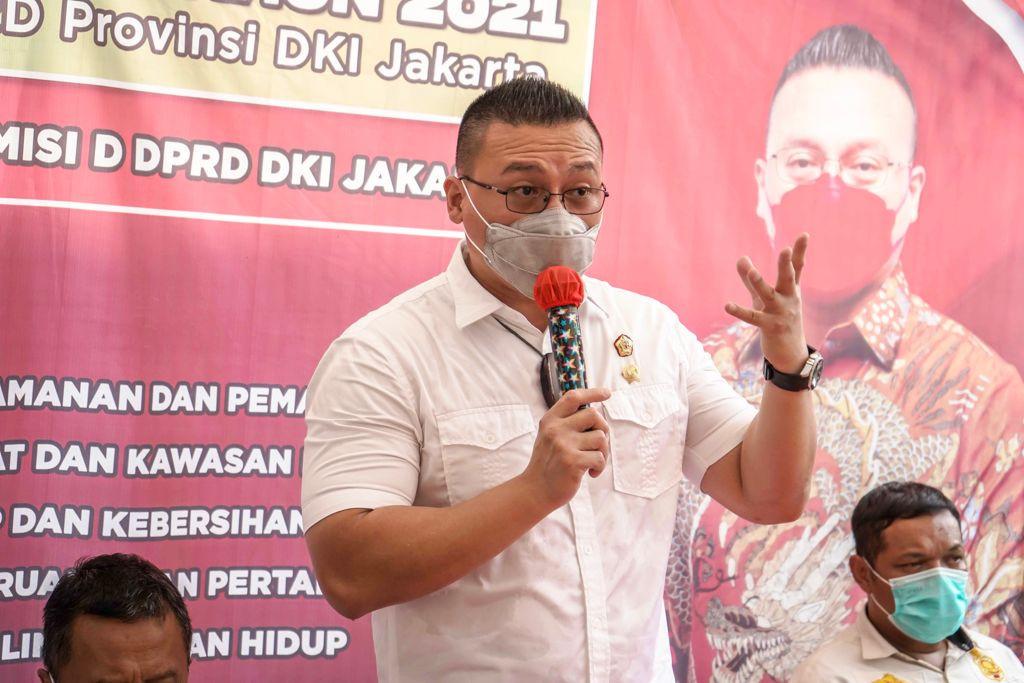 Tugu Sepatu Picu Kontroversi, Kent Kritik Sikap Anies terhadap Budaya Betawi - JPNN.com