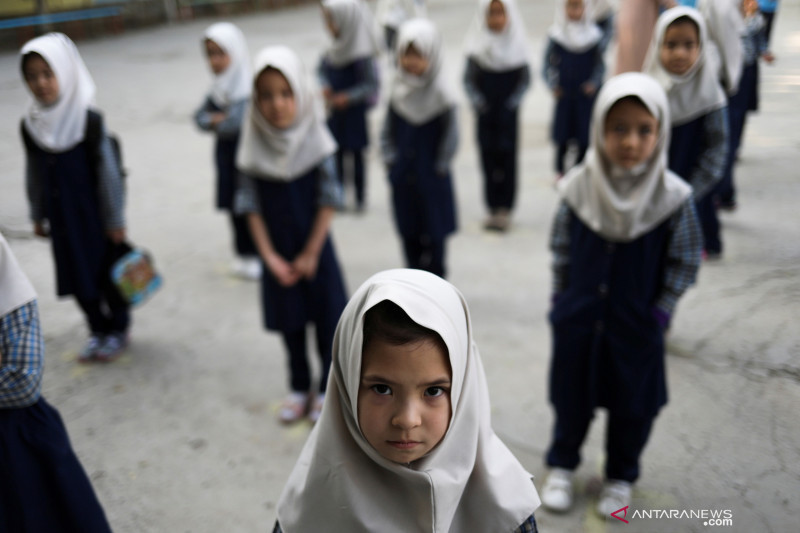 Jubir Taliban: Pendidikan Anak Perempuan Memperbaiki Generasi - JPNN.com