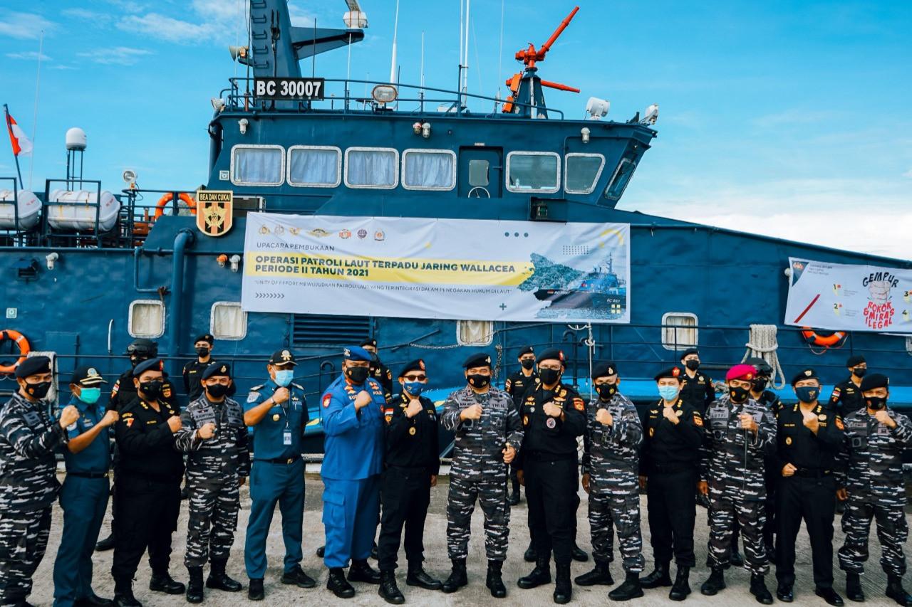 Bea Cukai Patroli Laut untuk Cegah Peredaran Barang Ilegal - JPNN.com