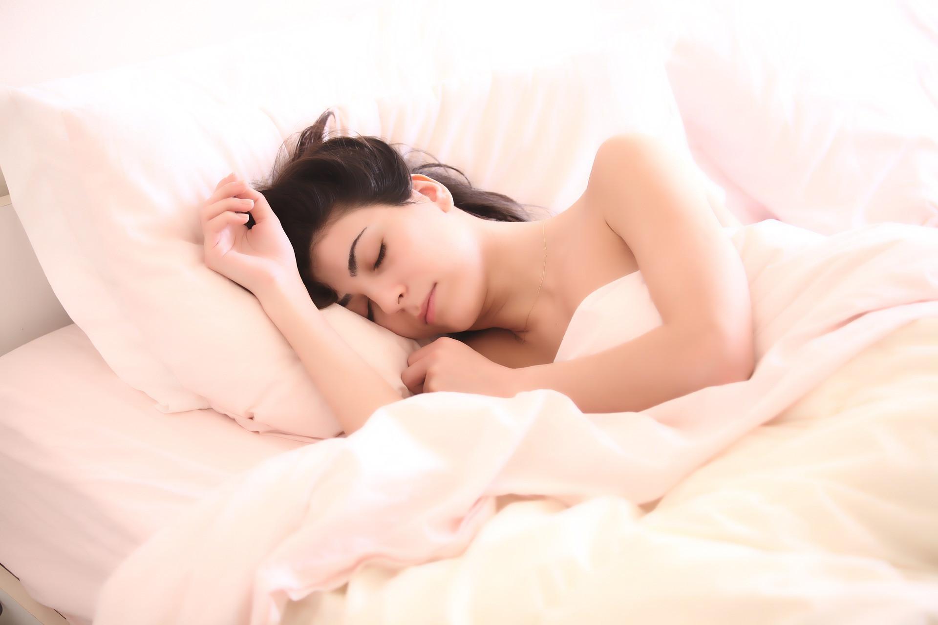 5 Tips Mudah Bisa Tidur Nyenyak di Malam Hari - JPNN.com