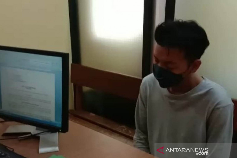 Pedagang Sayuran jadi Polisi Gadungan, Mengaku Perwira Berpangkat Ipda, Peras Korban Puluhan Juta - JPNN.com