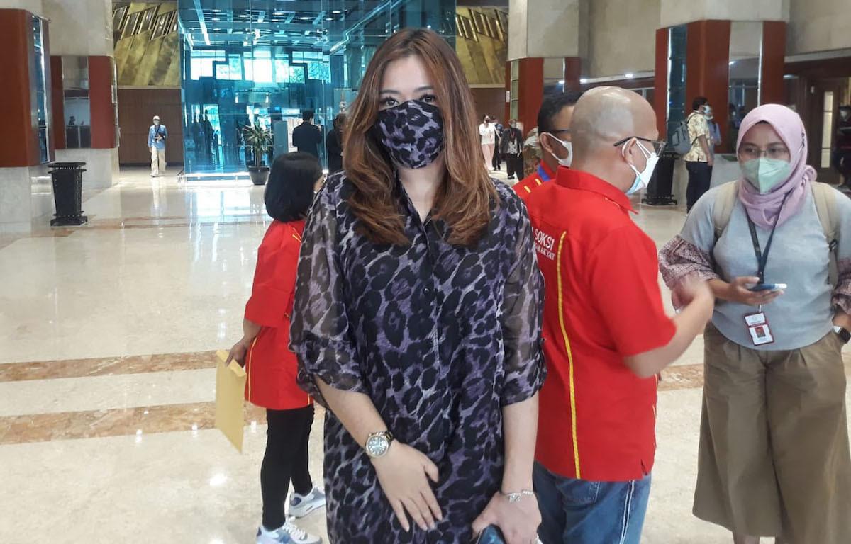 Lirabica Dipersekusi Warga Cibubur, Ibunya Sampai Depresi - JPNN.com