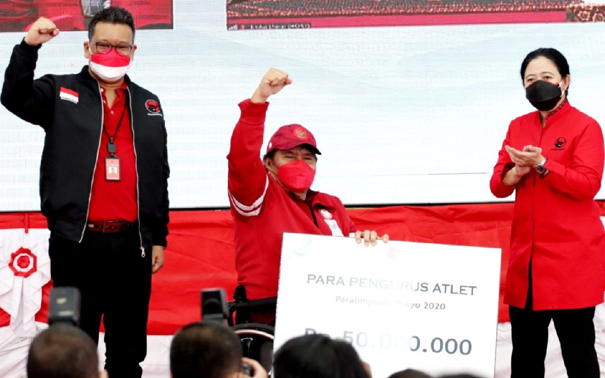 Bu Mega Bergaya Anak Muda saat Berikan Apresiasi untuk Atlet Paralimpiade Tokyo - JPNN.com