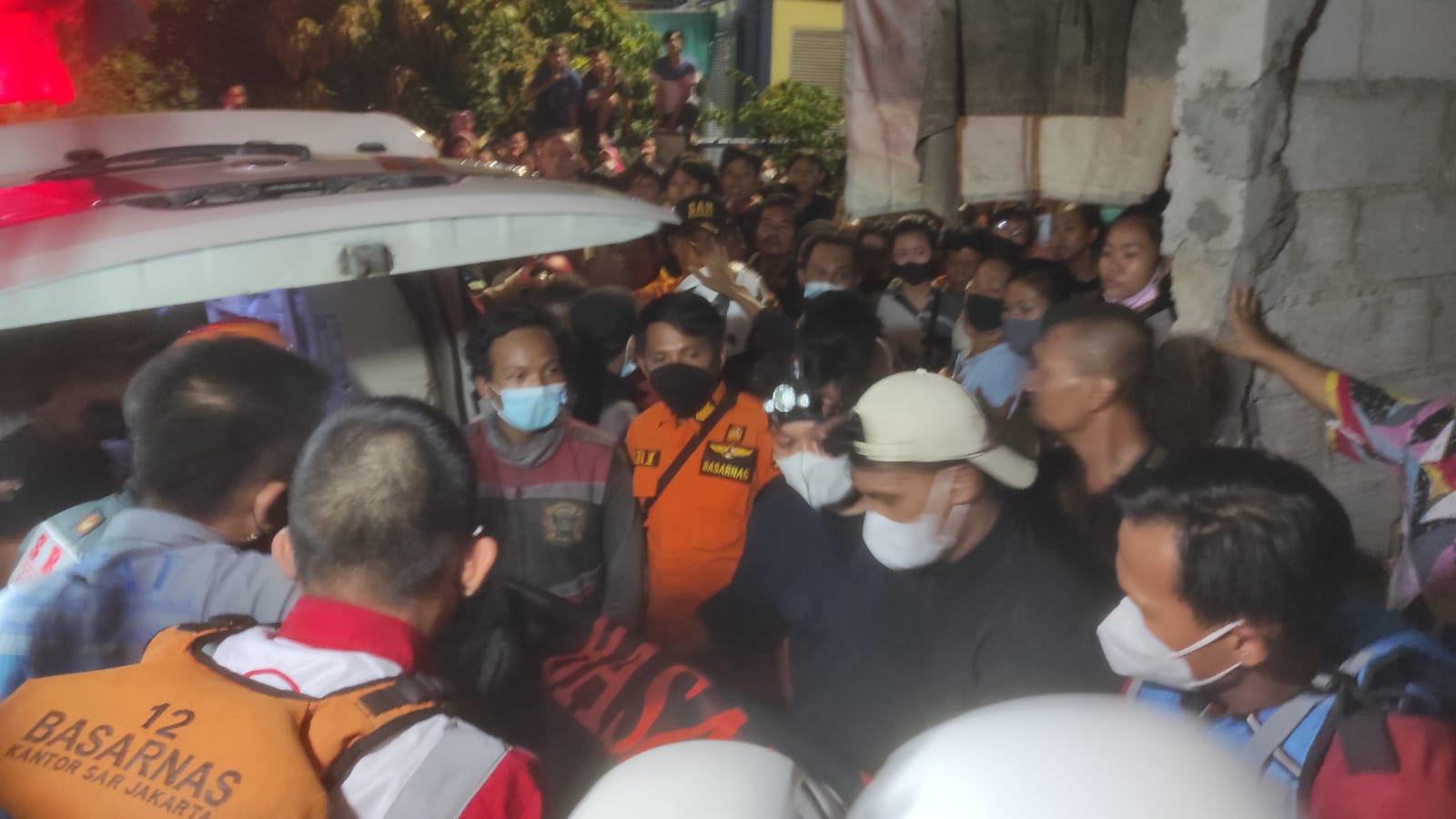 Remaja yang Tenggelam di Kali Teluk Gong Ditemukan Tewas - JPNN.com