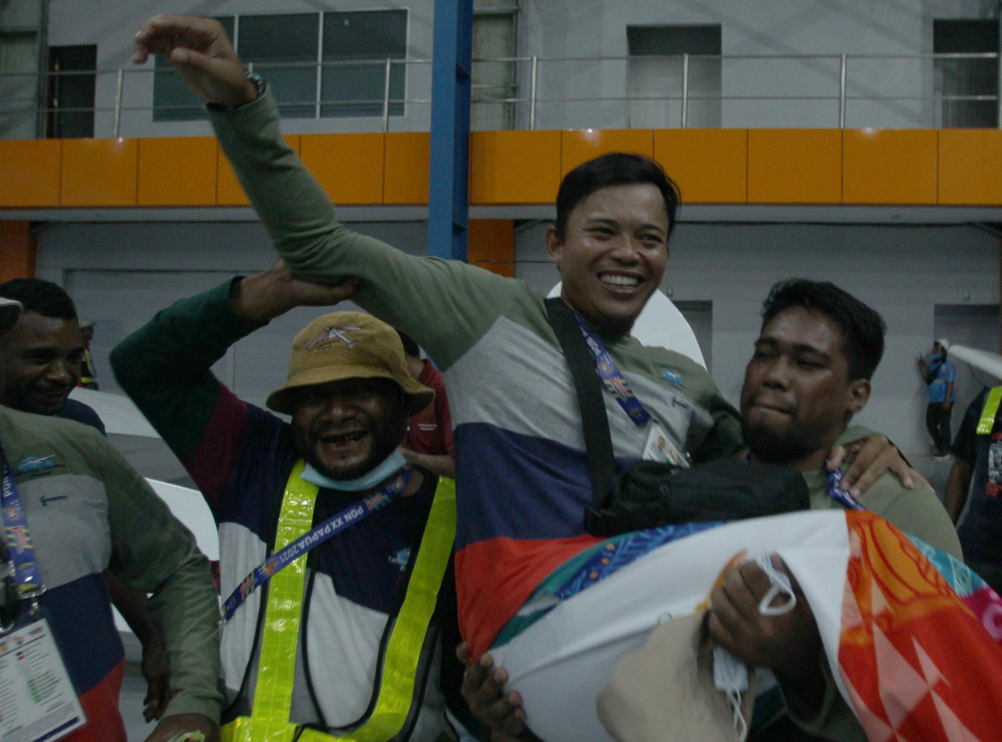 Kontingen Papua Tambah Satu Medali Emas dari Terbang Layang - JPNN.com