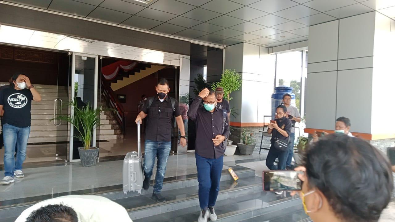 Usut Dugaan Korupsi Proyek Dinas PUPR, KPK Geledah Kantor DPRD Muara Enim - JPNN.com