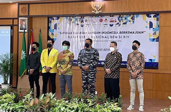 Hadiri Rakernas BEM SI, Laksamana Yudo Gelorakan Semangat Bergotong Royong - JPNN.com