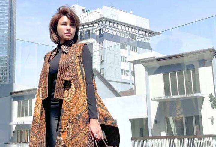 Nikita Mirzani: Wanita Bukanlah Pakaian - JPNN.com