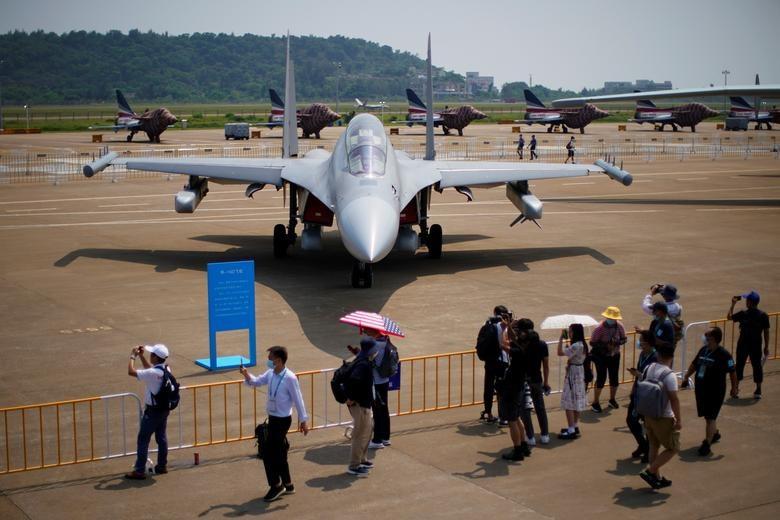 Senjata Canggih Ini Terpasang di Pesawat Tempur China, TNI AU Juga Punya - JPNN.com