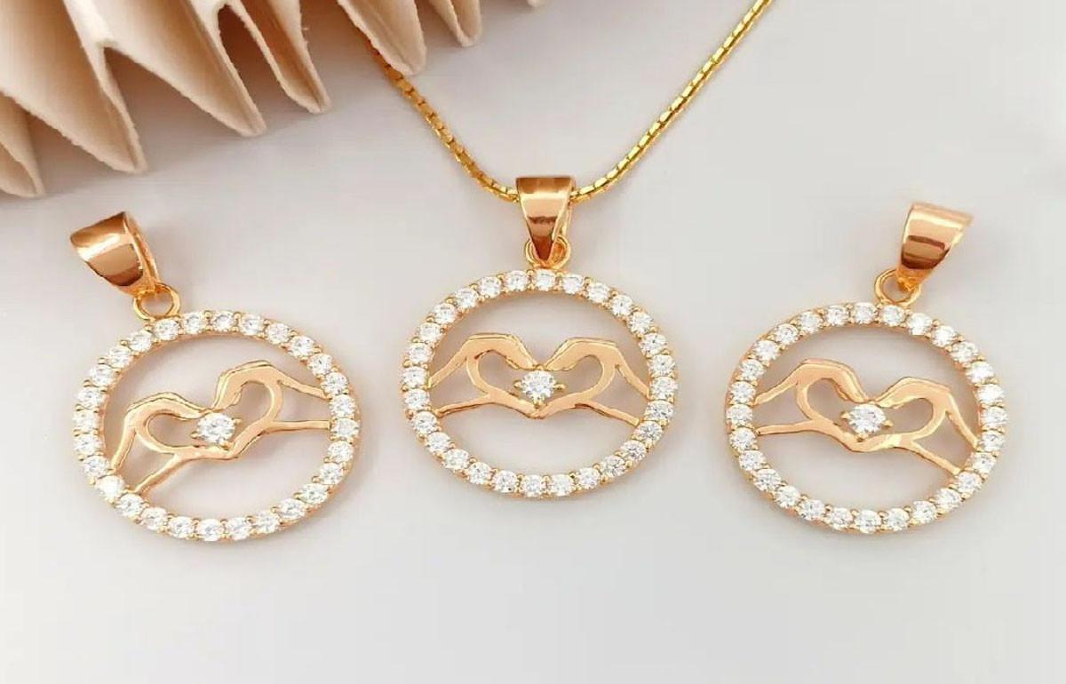 Beli Perhiasan Emas Kini Makin Mudah Secara Online - JPNN.com
