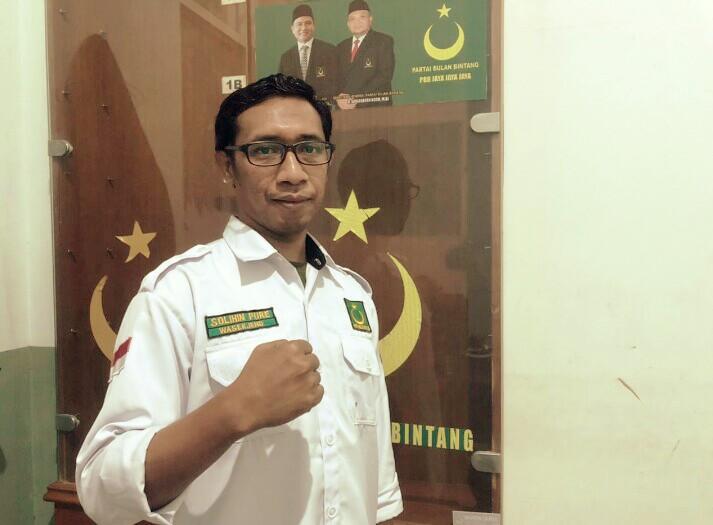 Anak Buah Yusril dan AHY Saling Serang di Media, Seru - JPNN.com