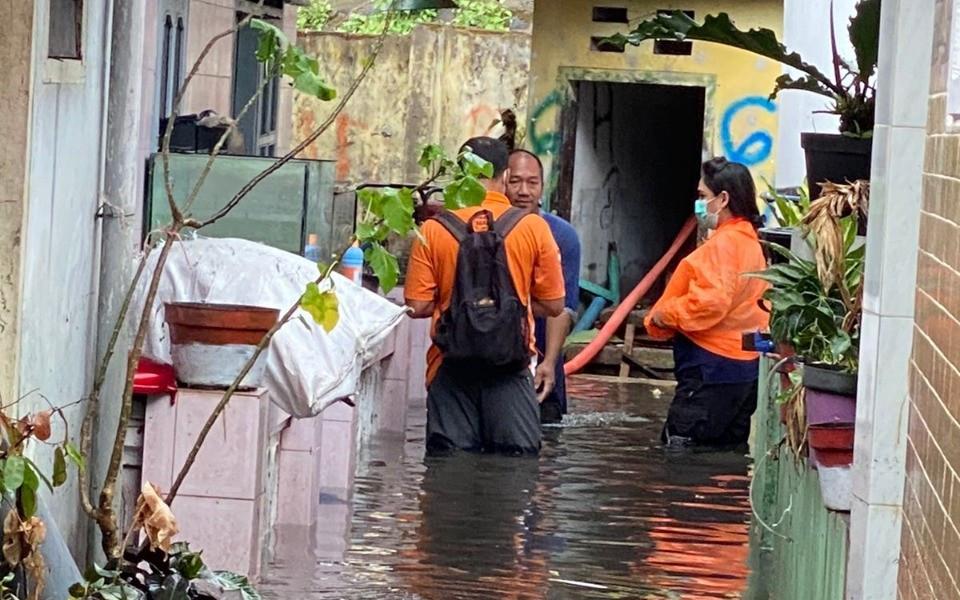 230 Rumah di Kota Malang Terendam Banjir - JPNN.com