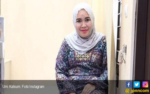 Ucapkan Belasungkawa untuk Jupe, Ibunda Ayu Ting Ting Malah Di-bully - JPNN.com