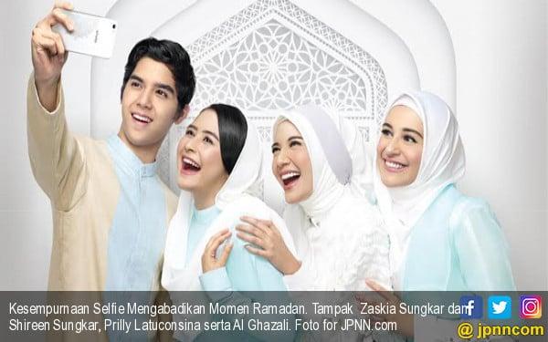 Kesempurnaan Selfie Mengabadikan Momen Ramadan - JPNN.COM