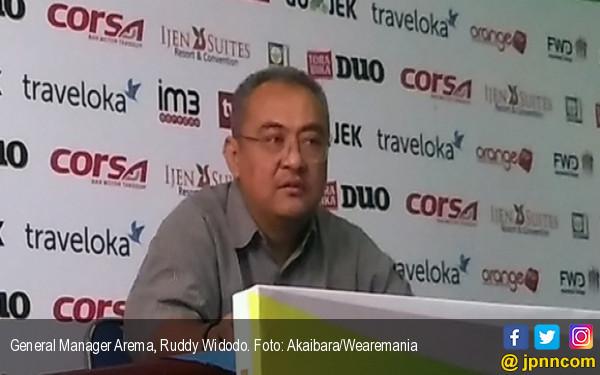 Manajemen Arema FC Mewanti-wanti Hal Ini Kepada Pemain yang Ikut Tarkam - JPNN.com