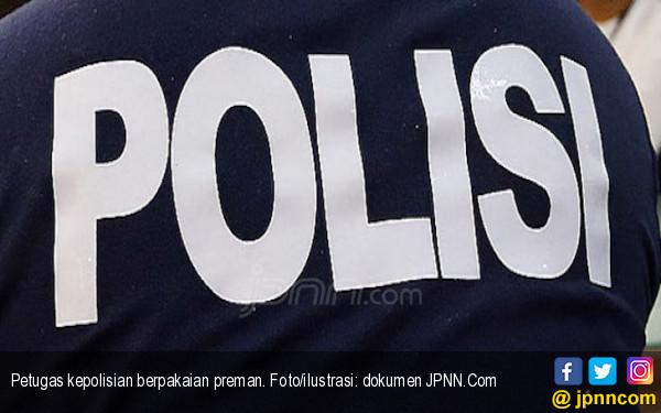 3 Anggota Polisi Dikeroyok Preman - JPNN.COM