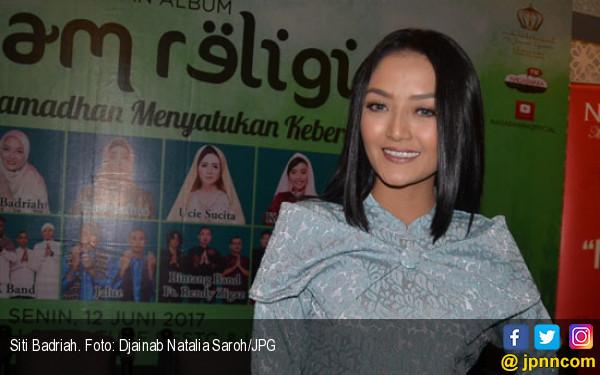 2019, Siti Badriah Berharap Bisa Naik Pelaminan - JPNN.COM