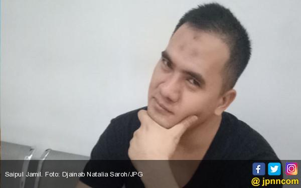 Saipul Jamil Garap Lagu Manusia Biasa di Lapas Cipinang - JPNN.COM
