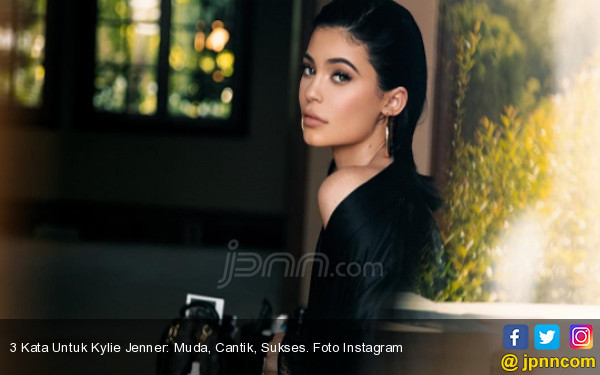 Kylie Jenner Antusias Sambut Persalinan - JPNN.com