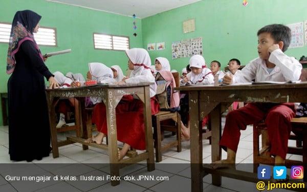 Begini Nasib 20 Guru TungguHonor yang Belum Dibayar Setahun - JPNN.COM