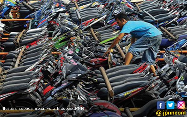 Gaji ke-13 PNS Hidupkan Asa Penjualan Sepeda Motor - JPNN.COM