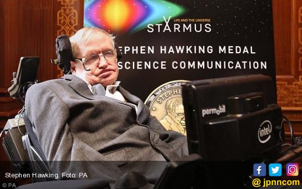 Fisikawan Ikonik Stephen Hawking Meninggal Dunia - JPNN.COM