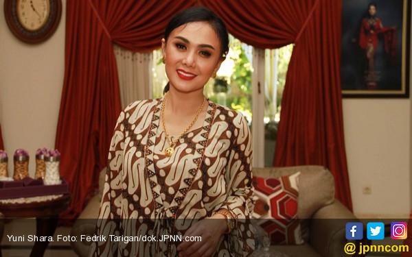 Kangen Bakso Malang, Yuni Shara Sewa Jet Pribadi - JPNN.COM