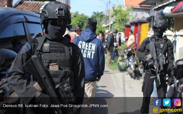 Toni Ditangkap Terkait ISIS, Warga Rumbai Kaget dan Syok - JPNN.com