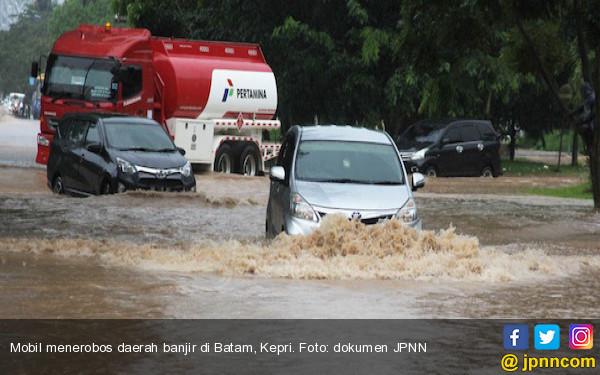 Oalah, Titik Banjir di Batam Makin Bertambah - JPNN.COM