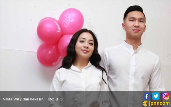 Kerap Liburan ke Luar Negeri Bareng Pacar, Nikita Diprotes - JPNN.COM