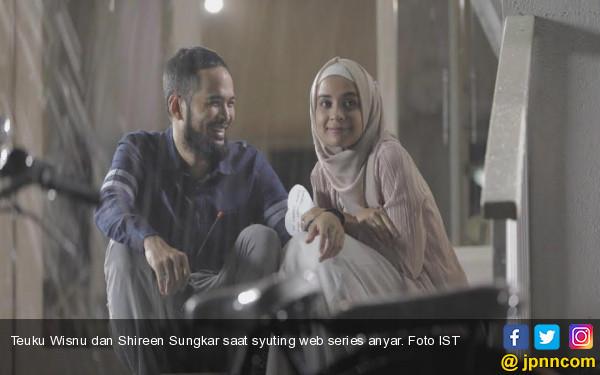 Gosip poligami Bikin Ibu Mertua Shireen Sungkar Sakit?  - JPNN.COM
