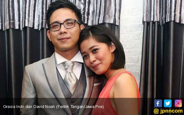 Salah Alamat, David Noah dan Gracia Indri Batal Bercerai - JPNN.COM