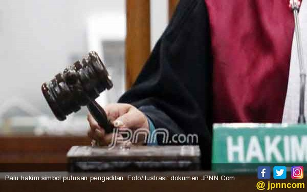 OTT KPK Jaring Hakim Penghukum Bu Meiliana - JPNN.com