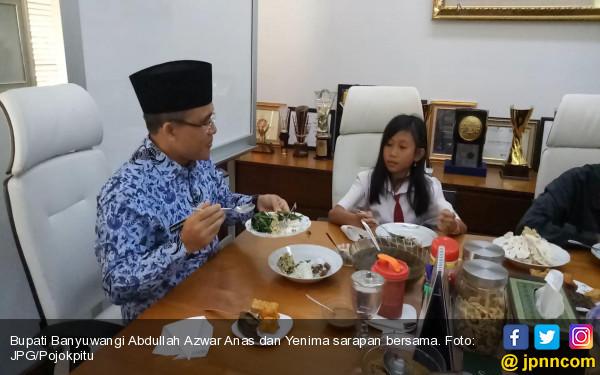 Bupati Anas Ajak Siswi Nonmuslim Itu Buat Vlog Bersama - JPNN.COM