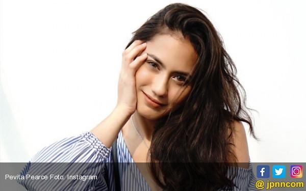 Tukang Ojek Sebut Pevita Pearce Bidadari Tercantik Nomor 2 - JPNN.COM