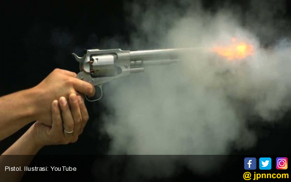 Polisi Tembak Dua Pencuri Barang Berharga Staf Ahli KSP - JPNN.COM