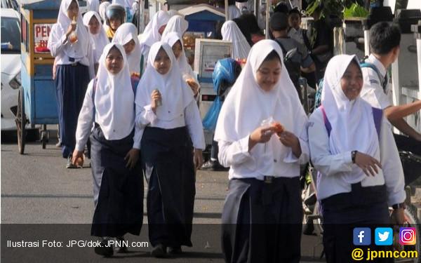 Fakta! Dampak Sekolah 5 Hari, Siswa Madin dan Pesantren Berkurang Drastis - JPNN.COM