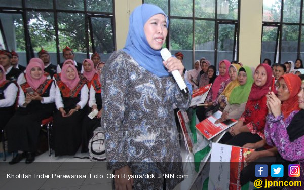 Tugas Relawan Sosialisasikan Fardhu Ain Pilih Khofifah - JPNN.COM